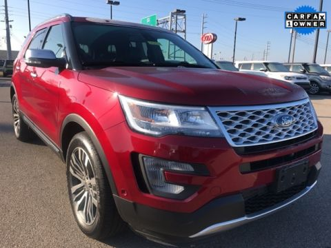 Pre-Owned 2017 Ford Explorer Platinum AWD